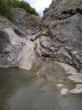 Cascada del verano de Crimea Foto de archivo libre de regalías