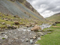 Cascada en campo en Inglaterra Foto de archivo libre de regalías