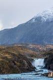 Cascada en el parque nacional de Torres del Paine Fotografía de archivo