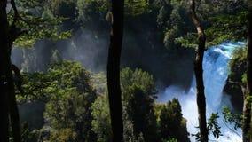 Cascada en Huilo Huilo almacen de metraje de vídeo