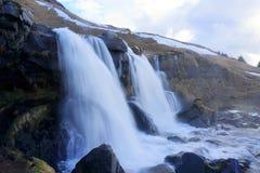 Cascada en Islandia Imágenes de archivo libres de regalías