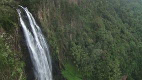 Cascada en Kenia metrajes