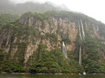 Cascada en la barranca de Sumidero Fotografía de archivo libre de regalías