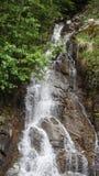 Cascada en la cordillera del norte de la cascada, Washington State, los E.E.U.U. Fotografía de archivo libre de regalías