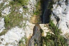 Cascada en los Cárpatos Imagenes de archivo