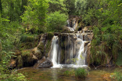 Cascada en los les Messieurs, el Jura - Francia de los beaumes Imagen de archivo
