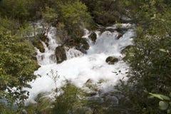 cascada en montaña Foto de archivo libre de regalías