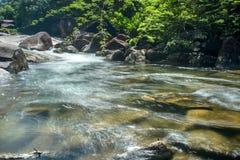 Cascada en parque nacional Fotos de archivo libres de regalías