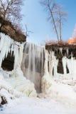 Cascada en parte congelada, Minnesota Fotografía de archivo libre de regalías