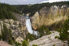 Cascada en Yellowstone Grand Canyon Foto de archivo libre de regalías