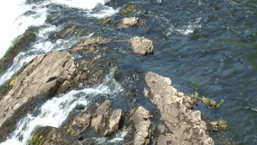 Cascada Escondida en la Argentina almacen de video
