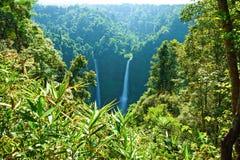Cascada grande en Laos fotos de archivo