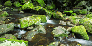 Cascada hermosa Foto de archivo libre de regalías