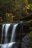 Cascada hermosa en Nuevo Gales del Sur, Australia Imágenes de archivo libres de regalías