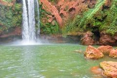 Cascada hermosa en Ouzoud, Azilal, Marruecos Atlas magnífico Fotografía de archivo