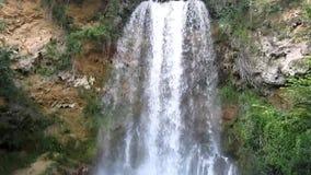 Cascada hermosa Veliki Buk, Lisine en Serbia metrajes