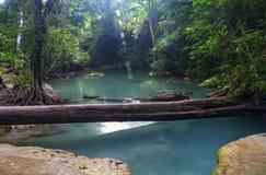 Cascada Kanchanaburi hermoso de Erawan, Fotografía de archivo