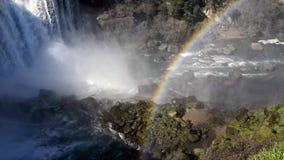 Cascada Laja del río almacen de metraje de vídeo