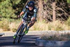 Cascada 2014 que completa un ciclo el ciclismo en ruta clásico Fotografía de archivo libre de regalías