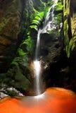 Cascada, rocas de Teplice-Adrspach Foto de archivo libre de regalías