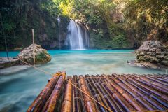 Cascada tropical hermosa Kawasan Filipinas fotos de archivo