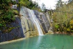 Cascada Veli Vir del  i de SokoliÄ del pueblo de Koper Eslovenia imagen de archivo libre de regalías