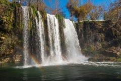 Cascada y arco iris Imagen de archivo libre de regalías
