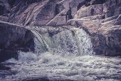 3 cascadas在科多巴,阿根廷 免版税库存照片