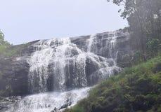 Cascadas de Chinnakanal en Periyakanal, cerca de Munnar, Idukki, Kerala, la India Foto de archivo