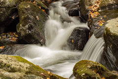 Cascadas de conexión en cascada, Virginia, los E.E.U.U. imagenes de archivo