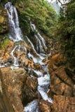 Cascadas en la montaña en Sapa Imágenes de archivo libres de regalías