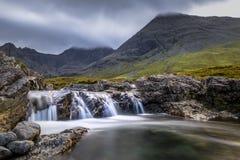 Cascadas hermosas en las montañas de Escocia Fotografía de archivo libre de regalías