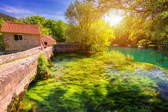 Cascadas Krka, parque nacional, Dalmacia, Croacia Vista del parque nacional de Krka, ubicaci?n de la palmada de Roski, Croacia, E fotos de archivo libres de regalías