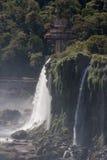 Cascadas la Argentina el Brasil de Iguassu Fotos de archivo libres de regalías