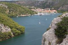 Cascadas, lagos y ríos Imagen de archivo libre de regalías
