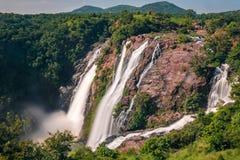 Cascadas potentes en Shivanasamudra, Karnataka imagen de archivo