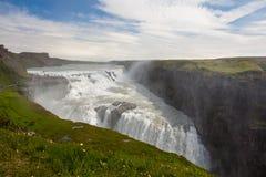 Cascade à écriture ligne par ligne de Gullfoss en Islande photos stock