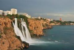 Cascade à écriture ligne par ligne d'Antalya Photographie stock libre de droits