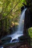 Cascade à écriture ligne par ligne d'Eifonso de fleuve, à Vigo, l'Espagne Photo stock