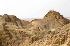 Cascade à écriture ligne par ligne dans les roches Photos stock