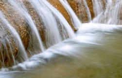 Cascade à écriture ligne par ligne de Cascadas de Agua Azul Photo libre de droits