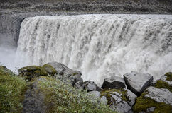 Cascade à écriture ligne par ligne de Dettifoss, Islande Images stock
