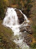 Cascade à écriture ligne par ligne de fleuve d'aigle Photos libres de droits
