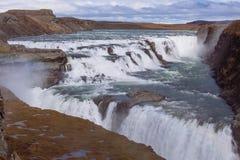 Cascade à écriture ligne par ligne de Gullfoss, Islande Photographie stock