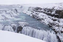 Cascade à écriture ligne par ligne de Gullfoss, Islande Photographie stock libre de droits
