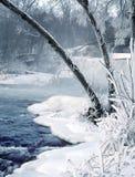 Cascade à écriture ligne par ligne de l'hiver Images libres de droits