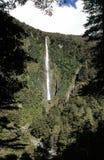 Cascade à écriture ligne par ligne en Nouvelle Zélande Images stock