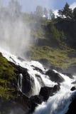 Cascade à écriture ligne par ligne impressionnante, Norvège. Photo libre de droits