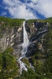 Cascade à écriture ligne par ligne, Norvège Images stock