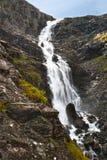 Cascade à écriture ligne par ligne Stigfossen, Norvège Image stock